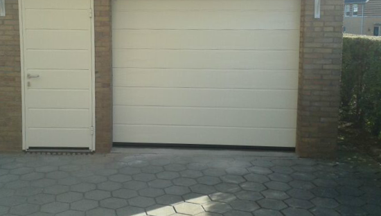 Garagedeur-in-goede-conditie-houden